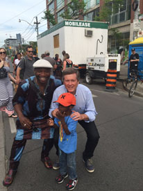 Amara Kanté with Toronto Mayor John Tory